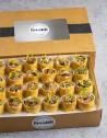 Box de 24 unidades de wrap roll de ternera picante: ternera asada, rábano picante, tomate confitado
